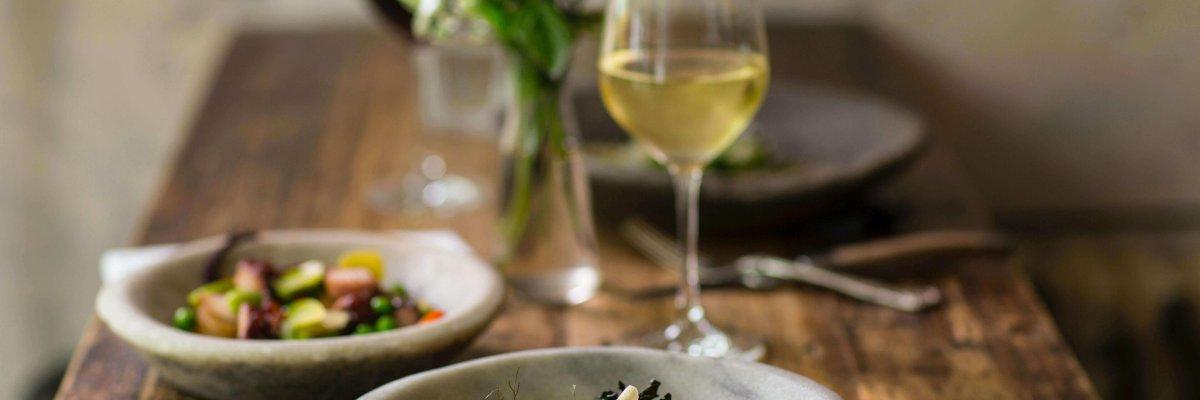 plat & vin blanc